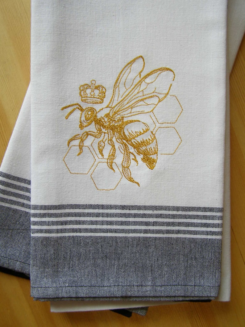 Queen Bee Kitchen Towel image 0
