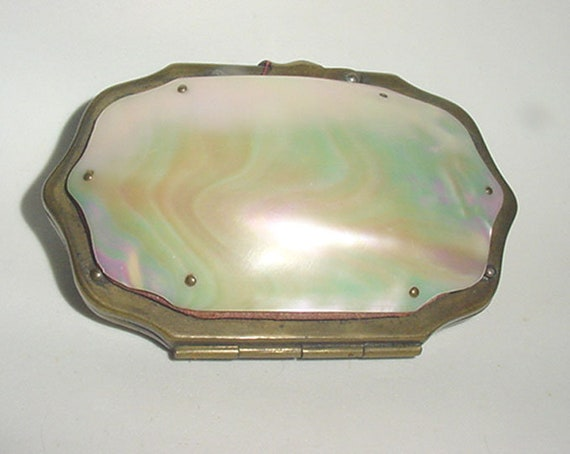 Antique - Shell Purse - Brass Frame - Nice Coin P… - image 2