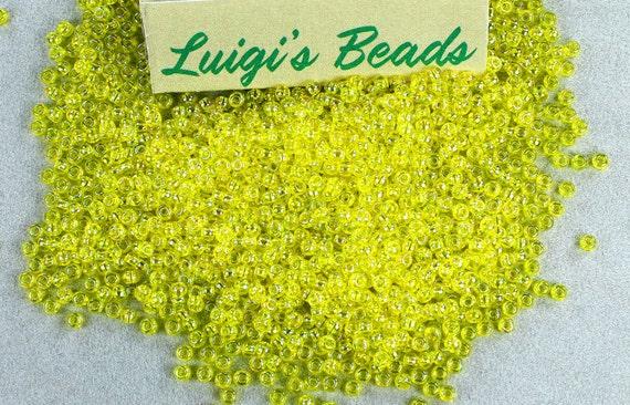 11//0 Triangle Toho Glass Seed Beads #29B-Silver-Lined Gray 10 grams
