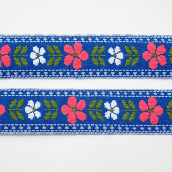 7//8 inch wide White//Red Daisy Flower Ribbon price for 3 yard