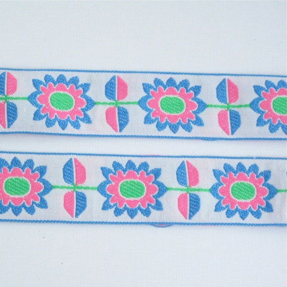 """Pink Blue Embroidered 5//8/"""" Wide Trim by the Yd Vintage Trim"""