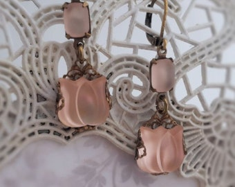 Pink tulip earrings, Frosted glass Art Deco earrings,  Lalique inspired Art Nouveau jewelry, filigree earrings, Belle Epoque womens gift