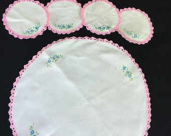 Set of 5 Vintage Pink and White Hand Painted Embroidery Coasters for Pitcher and Glasses with Crochet Trim
