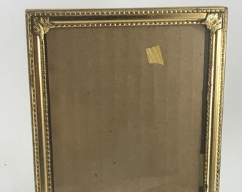 Vintage Gold Metal 5 x 7 Picture Frame
