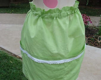 Green and White Kitchen Print Half Apron with Red Towel Attached Vintage Ladies\u2019 Red