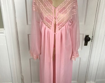 Vintage Ladies' Sabrina Size 34 Average Pink Nylon Tricot and Lace Robe or Housecoat