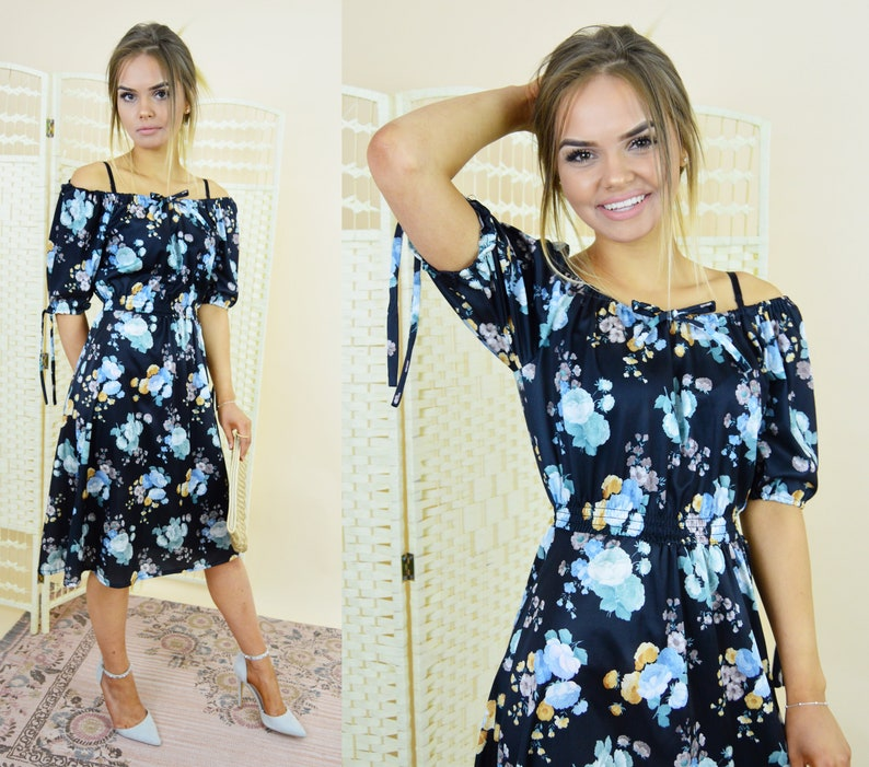 2577eafb8922 Vintage off the shoulder dress 70s floral midi dress