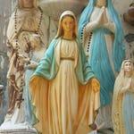 Beautiful Vintage Mary statue Virgin Mary vintage garden vintage religious statue chalkware statue Madonna catholic statue