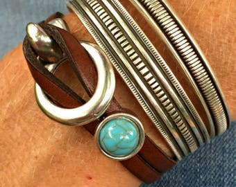Stackable bracelets | Leather and turquoise bracelet | Leather and silver | Western jewelry | Leather wrap | Sundance style | Turquoise