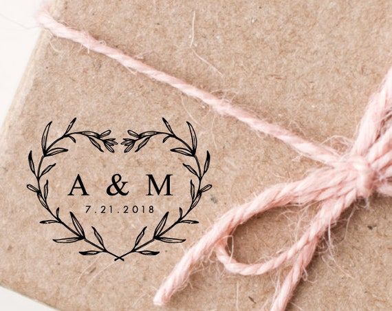 Custom Rubber Stamp, Flower Wreath, Heart and Leaves Design, Wedding Stamp For Thank You Tags, Wedding Favors (281)