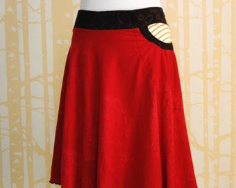 Horseshoe Skirt, size LARGE-XLARGE, in hand printed candy red, black, and honey striped organic cotton