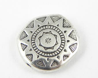 5 Sun Beads - 18mm x 17mm - Antiqued Silver - double sided - Organic shape - Carved Design