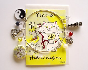 Maneki Neko Year of the Dragon Expandable Stackable Bangle Charm Bracelet with ACEO Card