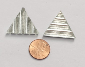 25 Silver Reed Triangle Mirror Tiles
