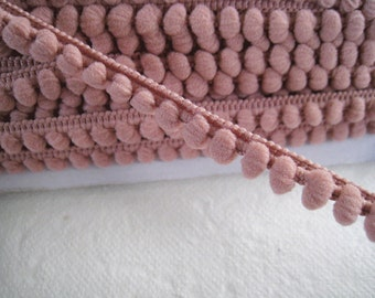 5 yards of Mini Pom Pom Trim Fixed Pom Pom size 0.5 cm - Number 29 Mauve Taupe