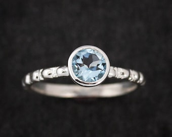 Size 8 Round Aquamarine Ring,Ocean Blue Gemstone Ring,Eco Silver Ring,March Birthstone, Engagement Ring,Aquamarine Solitaire or Stackable