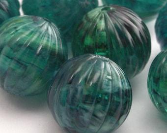 Vintage Plastic Swirled Melon Beads Ribbed 12mm Emerald Green Round VPB038