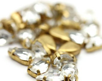 Vintage Crystal Rhinestone in Brass Setting Pear Shape Findings Jewelry Supplies 10x6mm (10) VFI089