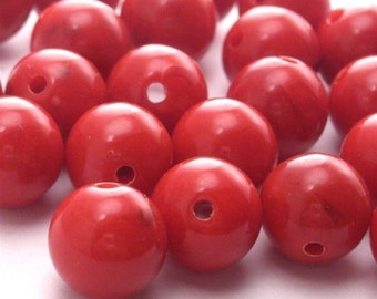 18 Vintage Lucite Beads - 10mm - Swirled Opaque Red VPB025