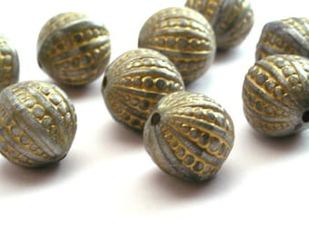 Vintage Plastic Gray and Gold Pebbled Beads 12mm Metallic Round VPB069