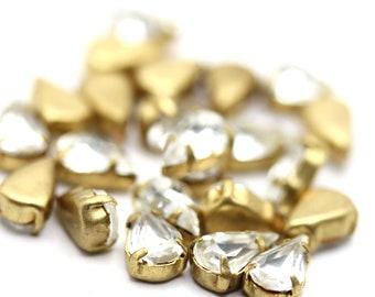 Vintage Crystal Rhinestone in Brass Setting Pear Shape Findings Jewelry Supplies 8x5mm (10) VFI088