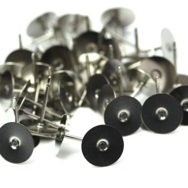 Earring Findings Surgical Steel Post 8mm Pad 50 FI537 image 0