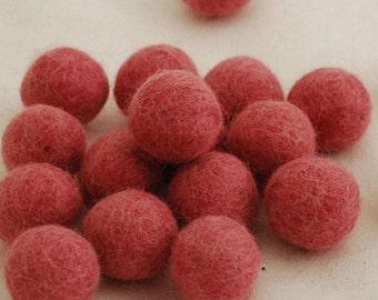 10 Felt Balls - 3cm - Antique Rose Pink