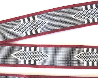 Black and White AZTEC pattern REVERSIBLE Jacquard trim with Wine Red edges. Sold by the yard. 1 inch wide. 2092-A