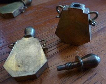 1 Vintage Brass Perfume Bottle 35x21mm C3
