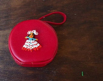 vintage 1950s red leather coin purse / 50s coin pouch / retro coin holder / resort wear