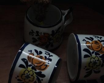 vintage 1970s FLORA Ceramic Coffee Tea Mugs / retro 70s FOLK ART Pottery