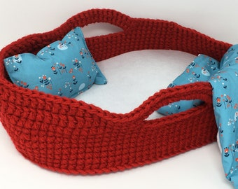Crocheted Doll Bed, Moses Basket and Blanket, Red / Modern Meadow