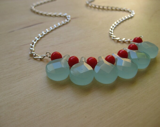 Insouciant Studios Retro Holly Necklace