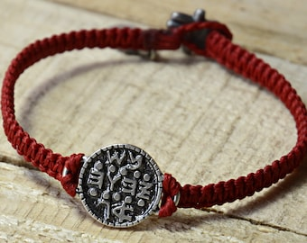 Unisex Wishes Coin Amulet Hand in 925 Sterling Silver on Red Woven Bracelet