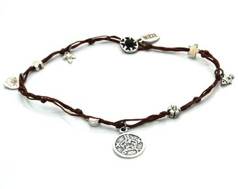 Safe Keeper Anklet with lucky Charms in Brown