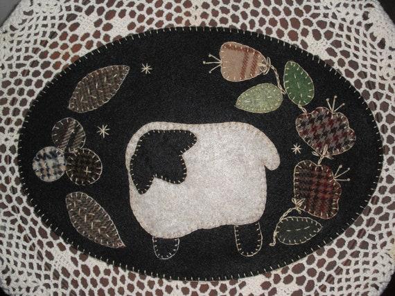 Penny RugCandle Mat Kit Spring Chicken Precut Wool Applique KIT