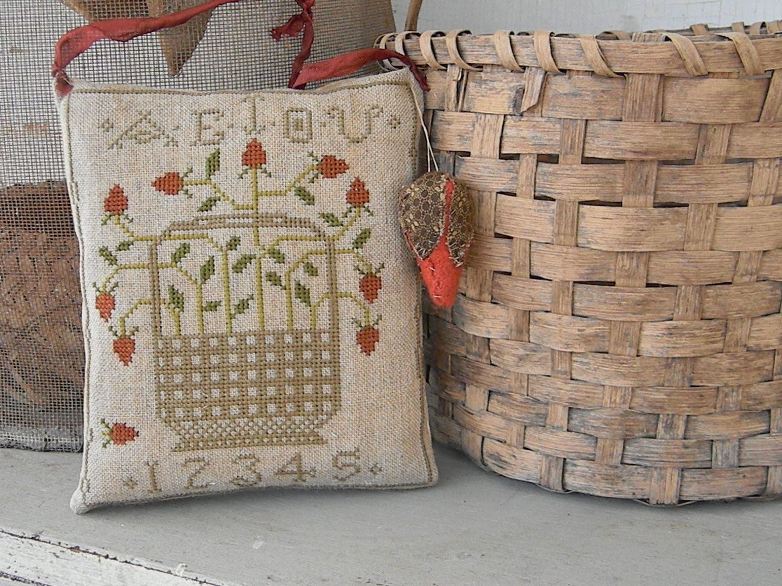 Retired Cross Stitch Club Pattern ~ Merry Gathering Basket ~ from Notforgotten Farm\u2122