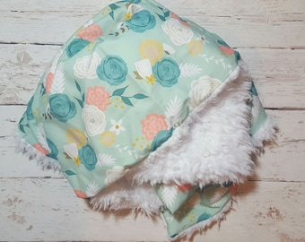 Summer Floral CUDDLE  Baby Blanket-2 sizes available- baby girl,  flowers, baby gift