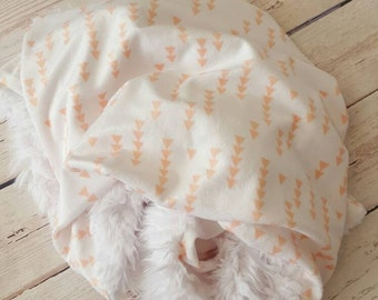 NEW! Peach Arrow Minky Cuddle Blanket-small on the Go-baby gift,gender neutral