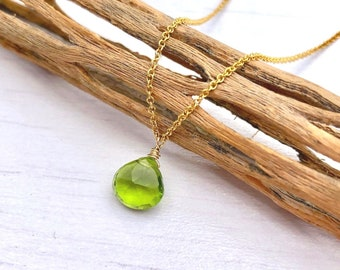 Kelly Green Necklace Small Green Necklace for Women Lime Green Necklace Silver Dainty Fashion Necklace