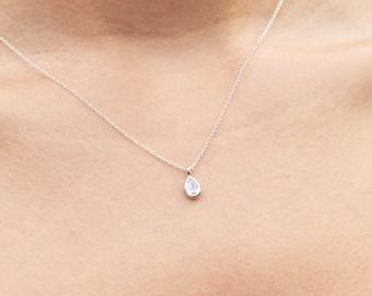Necklaces: Dainty/Simple