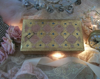 vintage italian florentine pink, cream & gold wood box, shabby chippy gilt timeworn patina, cottage chic, hollywood glam, 1960s italy
