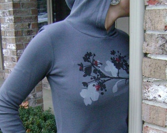 Blossom Pullover Hoodie in Gray