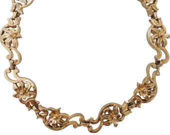 Stunning and feminine 1950s vintage signed Bergere gold lily flower link statement choker necklace