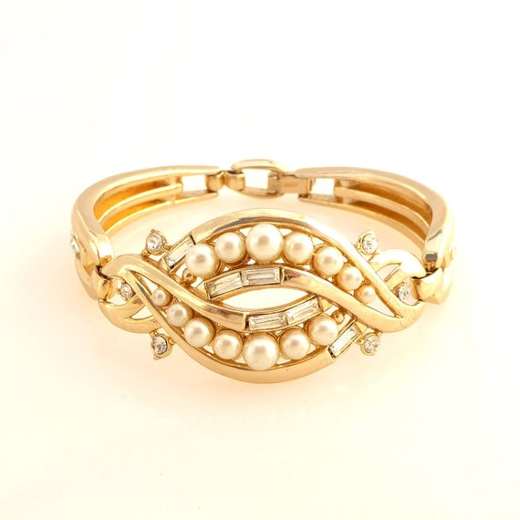 Vintage Kramer gold clear rhinestone faux pearl sw