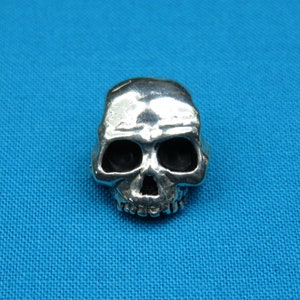 Pewter Metal Buttons Antique Silver Color Yorick/'s Skull 58 inch 2 pcs 15 mm