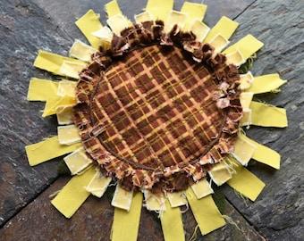 Rag Sunflower Mug Rug, Sunflower Coaster, Scrappy Sunflower, Raggy Sunflower, Autumn Mug Rug, Gift for Teacher or Coworker, Primitive Decor