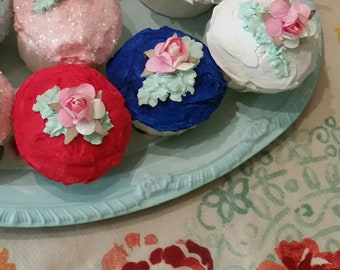 Fake cupcake, 3 red white blue,4th of July Cup cakes,shabby cottage chic, Fake Food,Photo Dessert Prop, hp roses, rose,bakery,