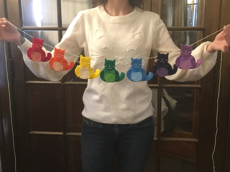 Colorful cat garland, Rainbow party decor, ROYGBIV rainbow colors, Cute  felt cat banner, Bright decorations, Classroom decor, Cat lover gift