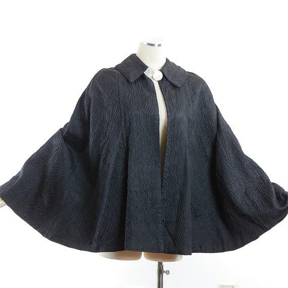 Vintage 40s black cape quilted evening wrap  capl… - image 3